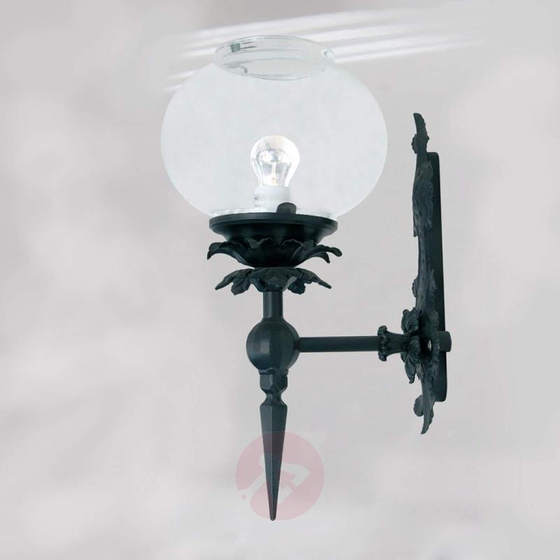 Wall light Crystal, made of wrought iron - design-hotel-lighting