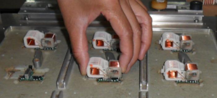 Bauteilbestückung (THT) - Serienspezifische Lösungen