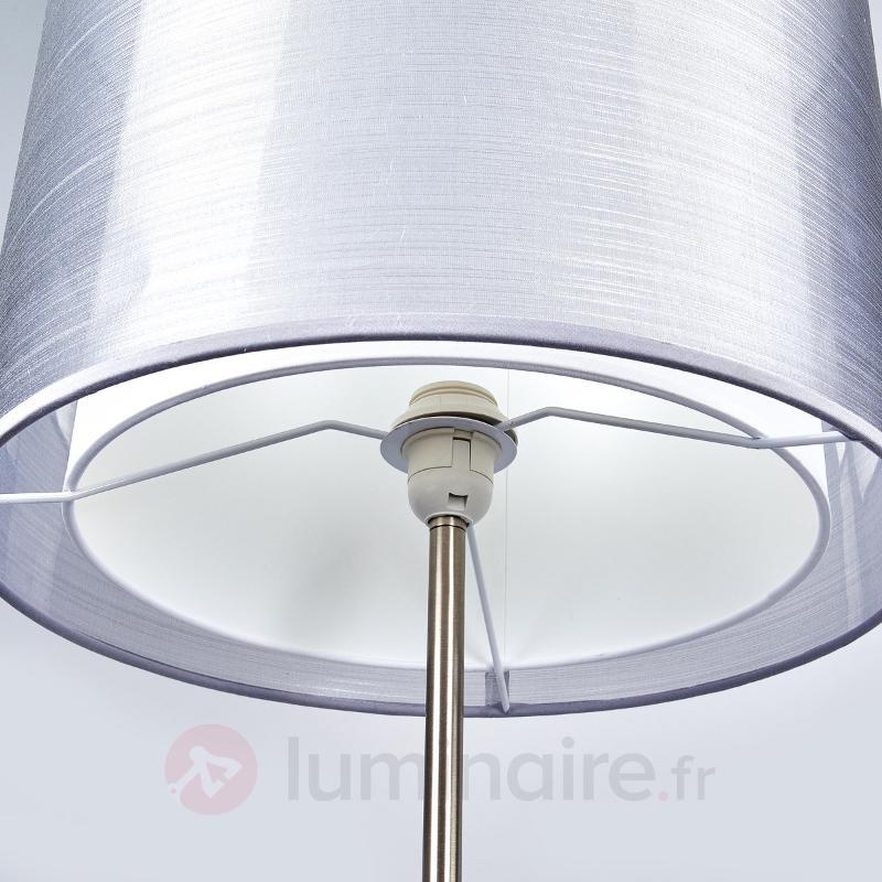 Magnifique lampadaire Nica avec abat-jour gris - Lampadaires en tissu