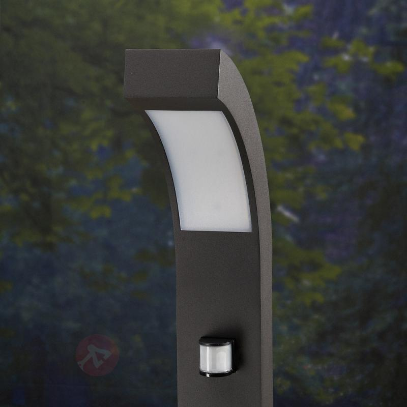 Borne lumineuse LED Lennik à détecteur de mvt - Bornes lumineuses avec détecteur