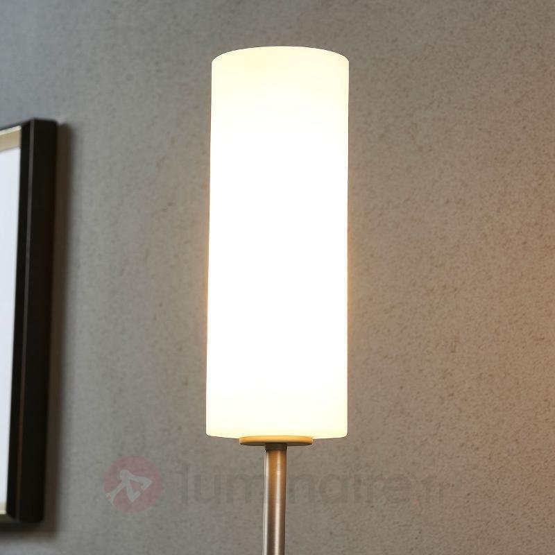 Lampadaire discret Vinsta avec abat-jour en verre - Tous les lampadaires
