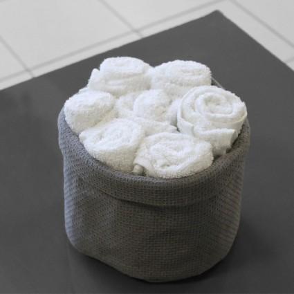 Linge de bain : serviettes et peignoirs - PANIER DE 7 SERVIETTES INVITÉES « BLANCHE NEIGE »