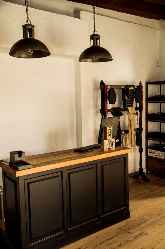 Mobiliario Boutiques Nero Vintage