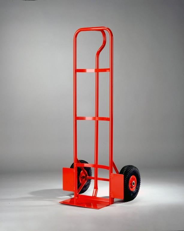 Metal trolley with supporting plate - null