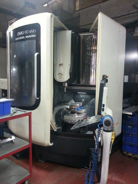 CNC 5 Axis Milling Machine