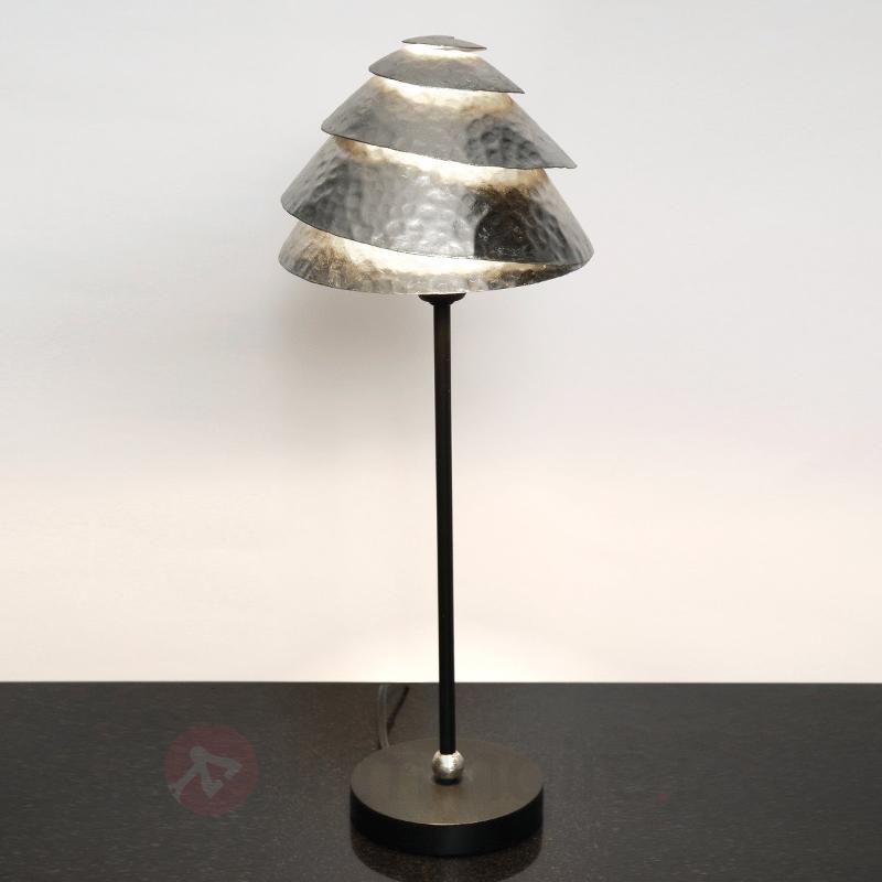 Elégante lampe à poser Snail One - Lampes à poser pour rebord de fenêtre