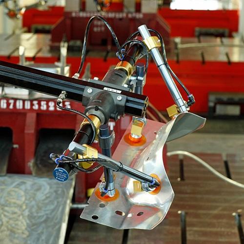 Tooling per Robot Grips: Octopus Grip  - Tooling per Robot Grips per la movimentazione lamiera
