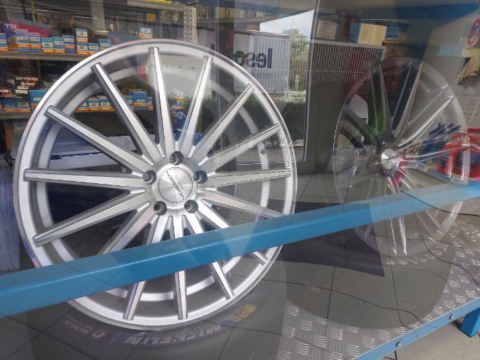 Car rims -