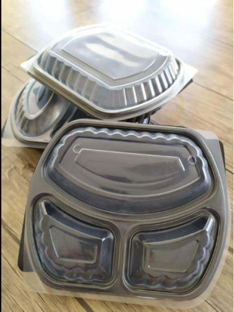 MICROWABE 1 , 2 , 3 SECTION TRAY - MICROWAVEBLE , AIR OUT HOLE