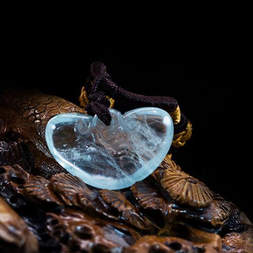 Aguamarina natural piezas talladas en lingotes de oro