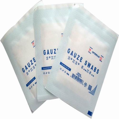 Feuille de gaze de désinfection de 10 * 10cm - Gaze écrémé médical 100% coton, après décoloration, séchage haute température. A