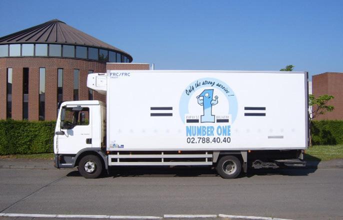 Camion Frigo (Frais) 12 PAL - Vehicules spéciaux