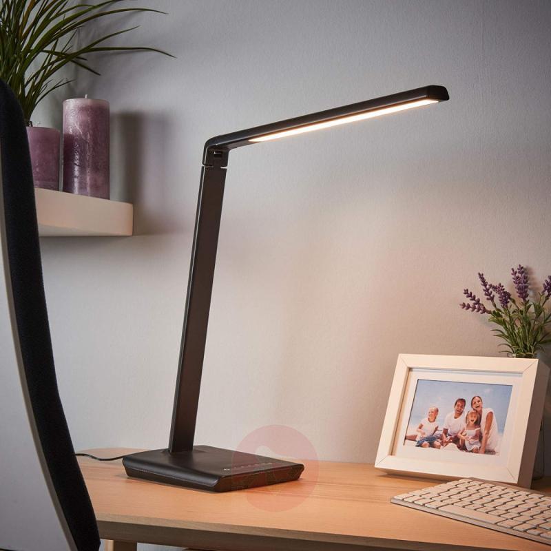 Kuno - LED desk lamp with USB port - indoor-lighting