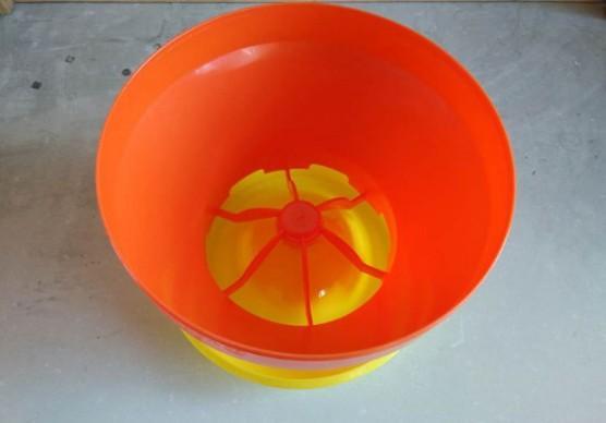 5kg Volume poutry/chicks/duck/goose feeder pan -  chicken,duck,goose feeding pan