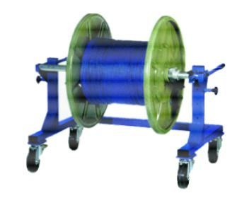 Reeler for cabledrums and bobbins - null