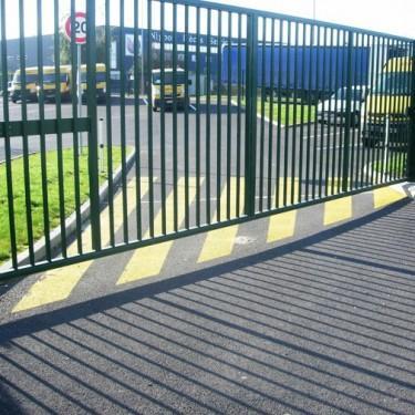 Peinture marquage au sol extérieure - Peinture de Signalisation Portail Automatique Rouleau de 31