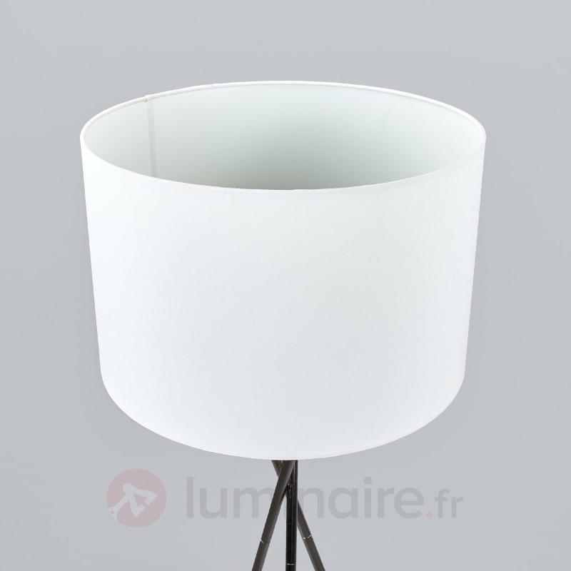 Lampadaire trois pieds Fiby abat-jour tissu blanc - Lampadaires en tissu