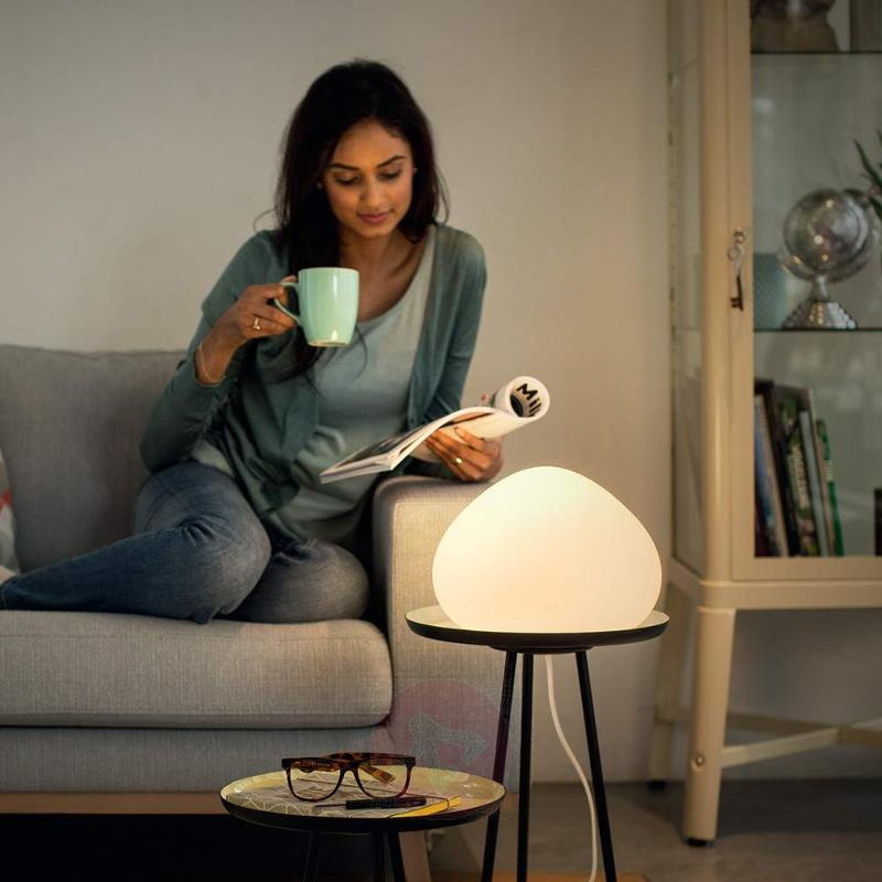 Controllable Philips Hue LED table lamp Wellner - Table Lamps