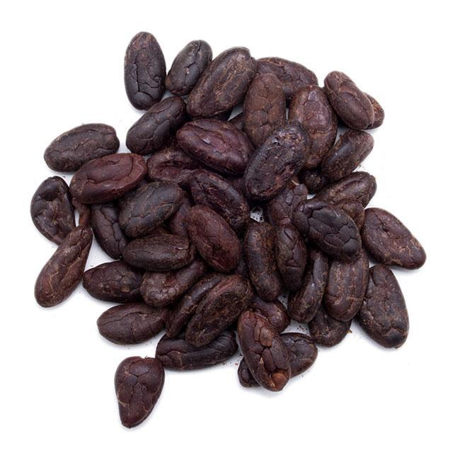 Fèves de cacao torréfiées - Le chocolat, nourriture des dieux, nous fait chavirer dans les profondeurs de la