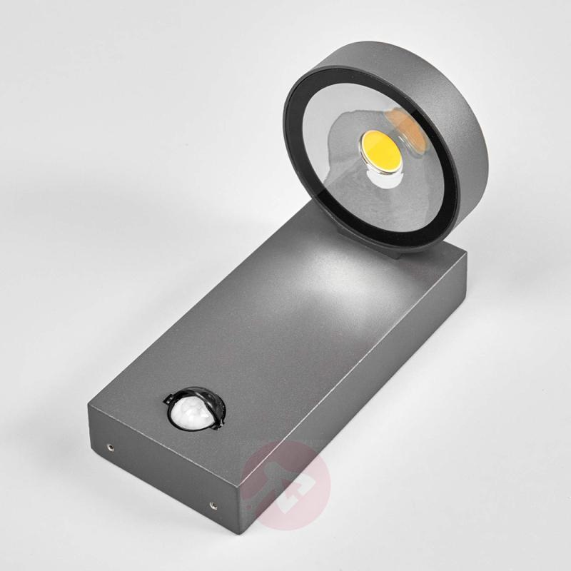 Ksenia LED outdoor wall light with motion detector - outdoor-led-lights