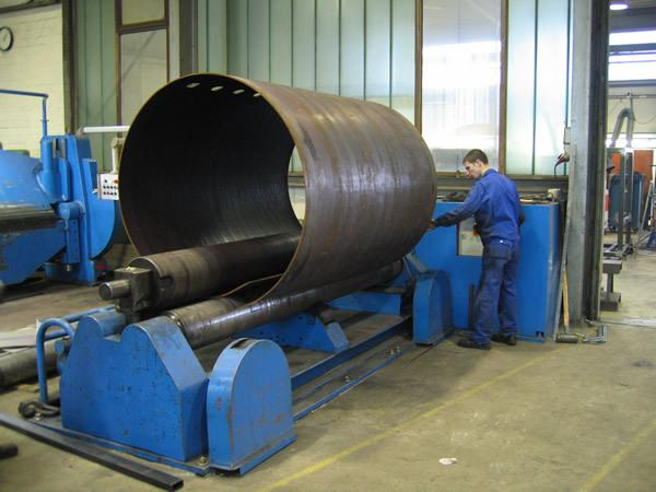 Lohnfertigung Einzel- & Serienfertigung - Stahlbau - null