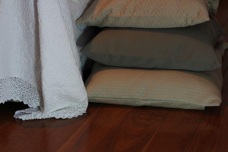 100% Cotton Jaquard throw pillow