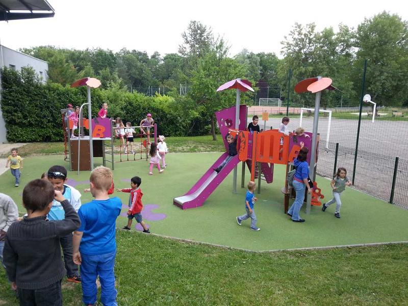 MAXI - Jeux multi-activités 2/10 ans  - Structures à usage collectif espaces publics et de loisirs