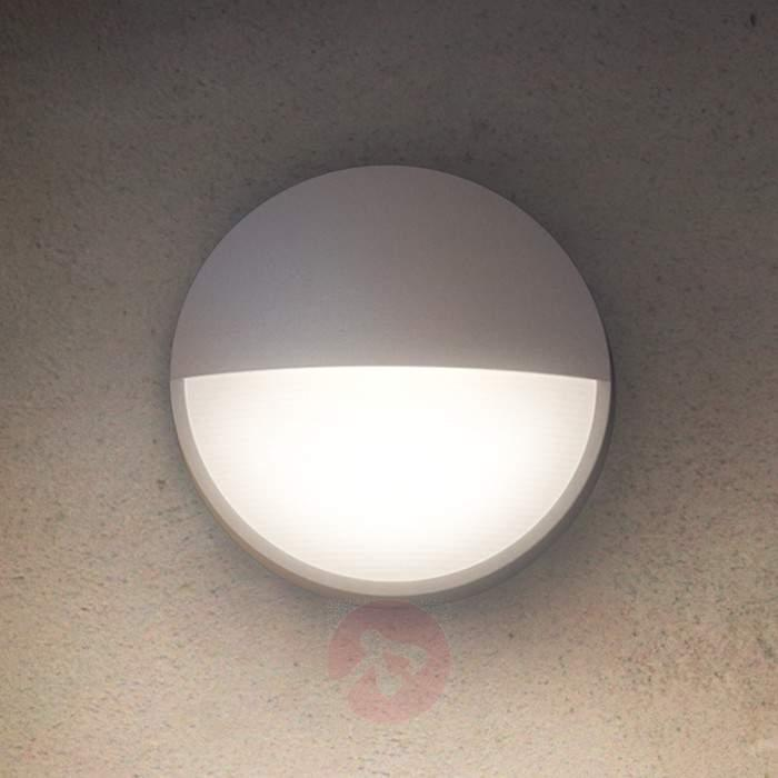 Round Outdoor Wall Light Capricon With Led Lights