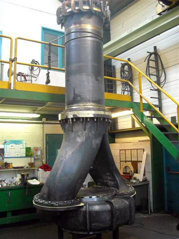 Pump in hydraulic test 2000kg height 3600mm - Pumps and turbines