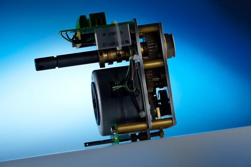 Kompaktes Stirnradgetriebe N 100 - Platinengetriebe mit hohem Abtriebsmoment und geringem Getriebespiel bis 20 Nm