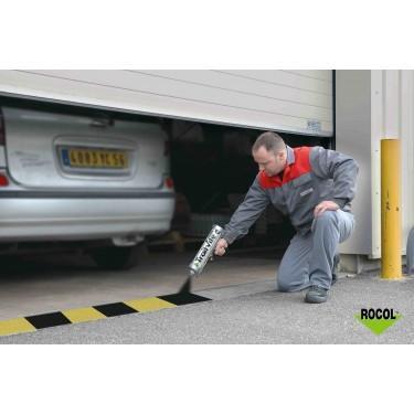 Peinture marquage au sol pour parking - Aérosol Epoxy Traitvite Rocol