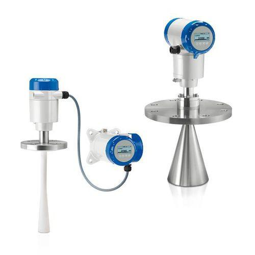 OPTIWAVE 5200 C/F - Liquid level gauge / FMCW radar / digital / max. 30 m
