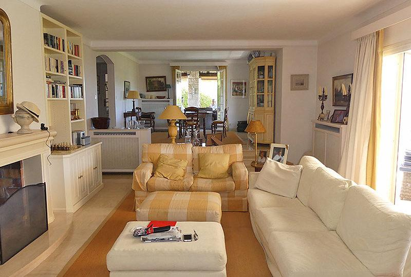 Charming villa Vence Vosgelade with great view - Real Estate