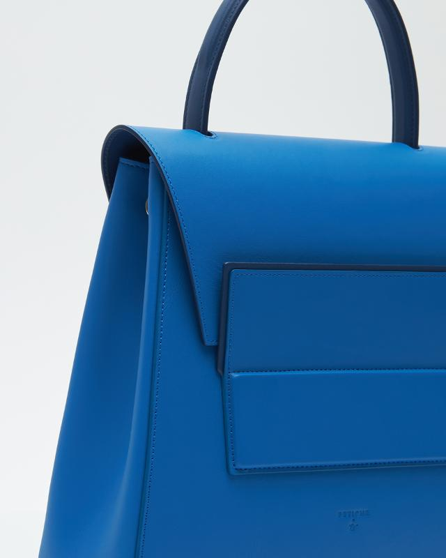 Trapezium-bag Blue, Medium - POWERWOMAN