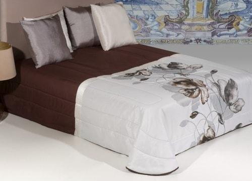 Jacquard bedspread - DANIELA