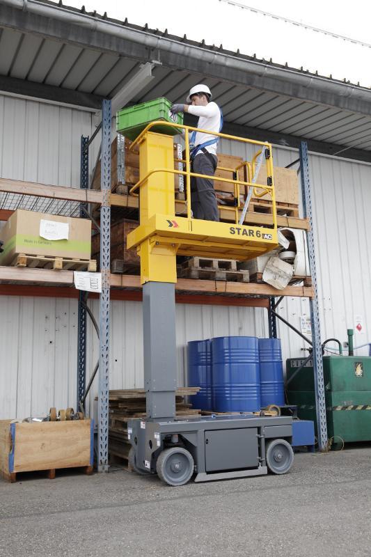 Nacelle à Mât vertical - STAR 6, travail hauteur 6 mètres, faible encombrement au sol