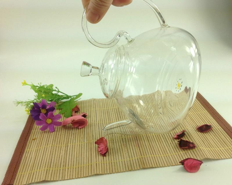 GLASS TEAPOT WITH LID STOP DROPPING STYLE  - 600ML