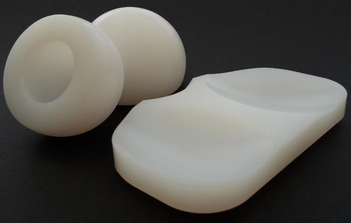 Lennite : polyéthylène implantable (UHMWPE) GUR1050 - Polyéthylène à très haute densité moléculaire - ASTM F648 & ISO 5834-1
