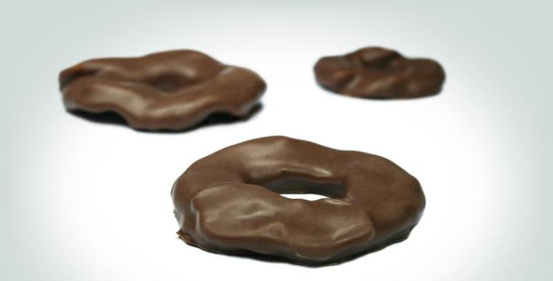 Snacks - Apple Rings covered in Milk Chocolate: Absolutely Scrumptiou