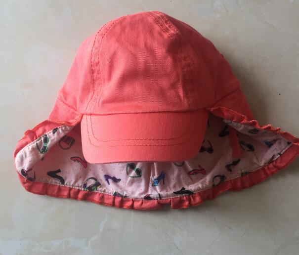 Girls baseball cap with flap