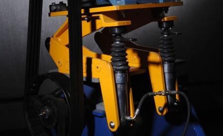 Gemex - Hydraulically adjustable and mechanically lockable motor platform