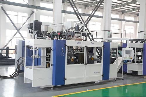 Laundry Detergent Blow Molding Machine Cases - 2-Layer Co-Extrusion Blow Molding Machine B15D-560(Two Stations Two Cavities)