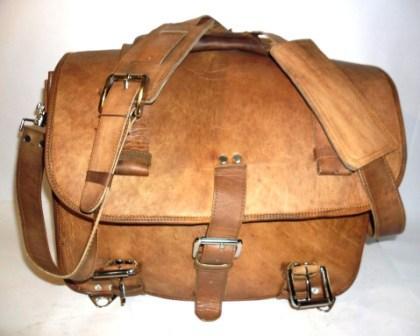 Leather Messenger Bag - Leather messenger cum backpack