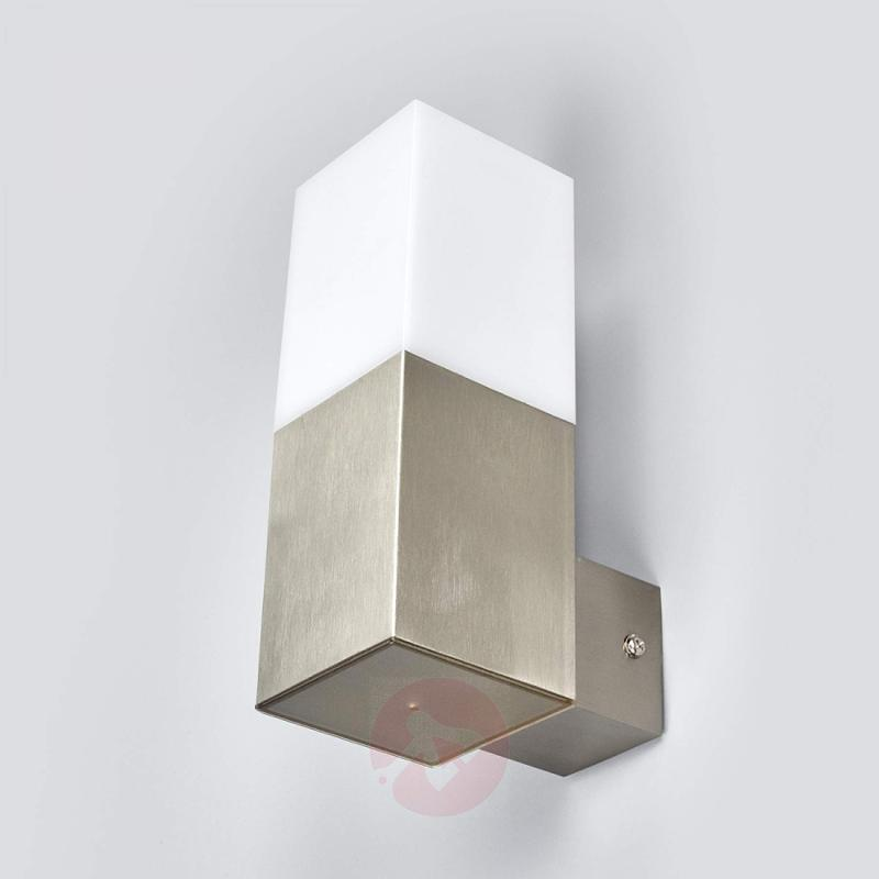 Linear LED outdoor wall light Barbara - stainless-steel-outdoor-wall-lights