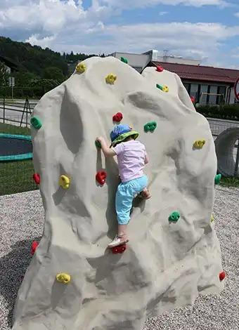 Plezalna stena za otroke -