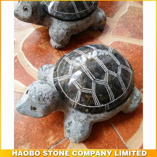 sea turtles/tortoise/stone carving