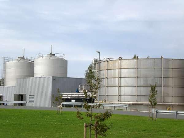 Biological wastewater treatment - Anaerobic and aerobic treatment plants für industrial wastewater