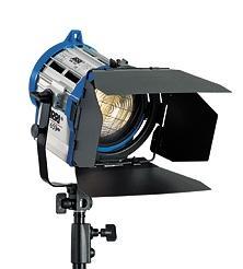 Halogen spotlights - ARRI Junior 650 PLUS P.O., blue/silver, bare ends