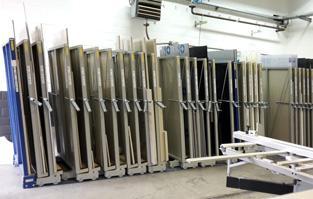 PLATENSTELLING MOBIELE LADEFRAMES: MANUELE BEDIENING - Opslag metalen platen