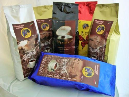 CAFFE' IN GRANI PER BAR - MISCELE DI CAFFE' SELEZIONATI, TORREFATTI E CONFEZIONATI
